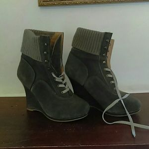 Boots from Avon sz 8.5